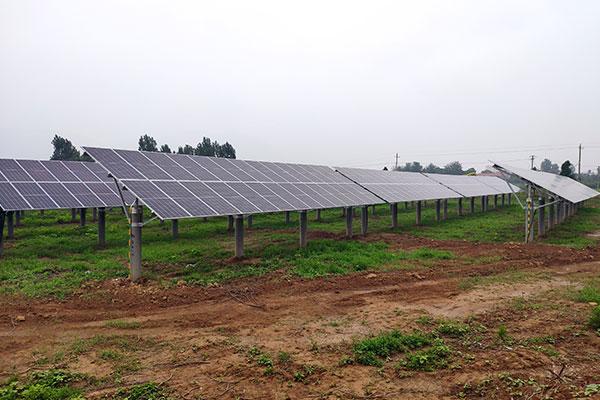 山西运城光伏电站项目 组件型号:SRP-380-BMA 项目地点:山西,运城 项目大小:10MW